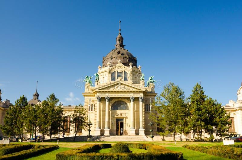 Szechenyi Geneeskrachtig Thermisch Baden en Kuuroord, Boedapest, Hongarije stock afbeeldingen