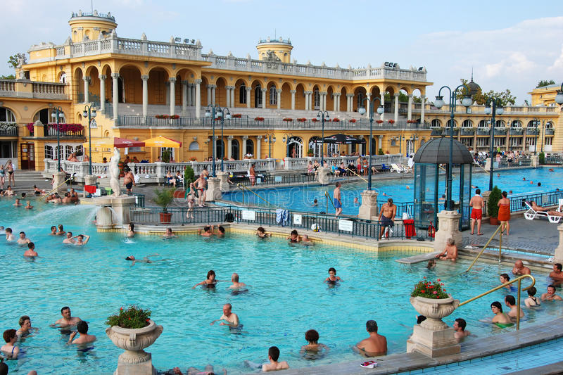 Szechenyi Spa in Boedapest royalty-vrije stock foto's