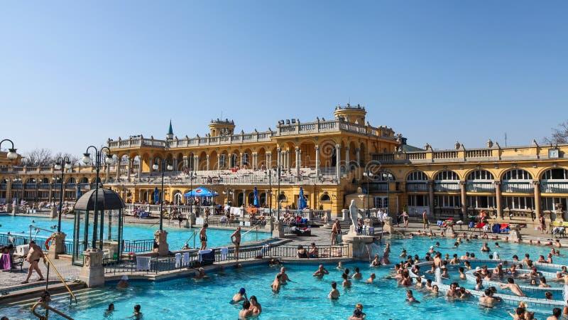 Szechenyi Spa in Boedapest stock afbeeldingen