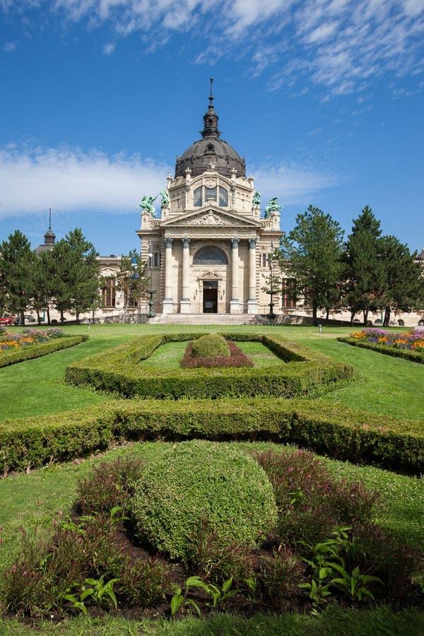 Szechenyi thermalbad i Budapest royaltyfria bilder