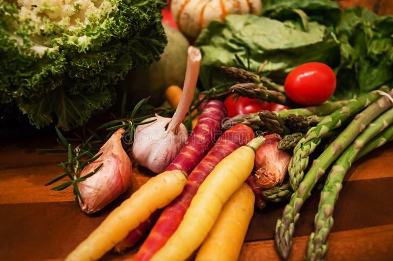 Szefa kuchni spadku żniwa warzywa organicznie zdrowy wybór fotografia royalty free