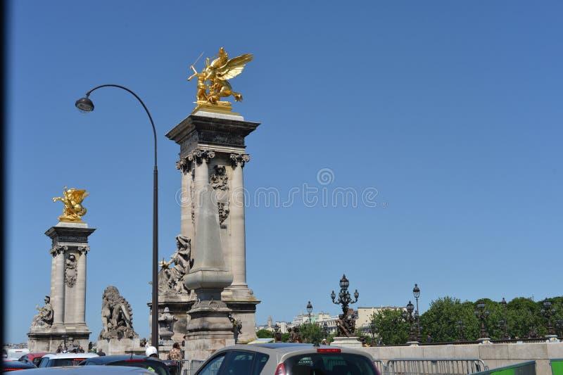 Szene von Paris-Buiding und -straße stockfoto