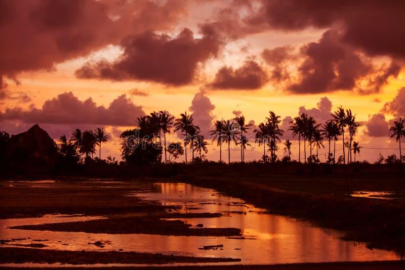 Szenische Ansicht in dem Indischen Ozean bei Indonesien stockfotografie