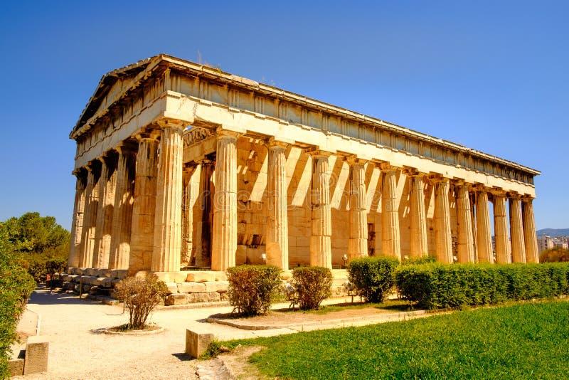 Szenische Ansicht des Tempels von Hephaestus im alten Agora, Athen lizenzfreies stockfoto