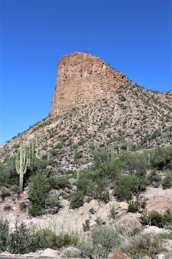 Szenische Ansicht Tonto-staatlichen Waldes von MESA, Arizona zum Canyon See Arizona, Vereinigte Staaten lizenzfreies stockbild