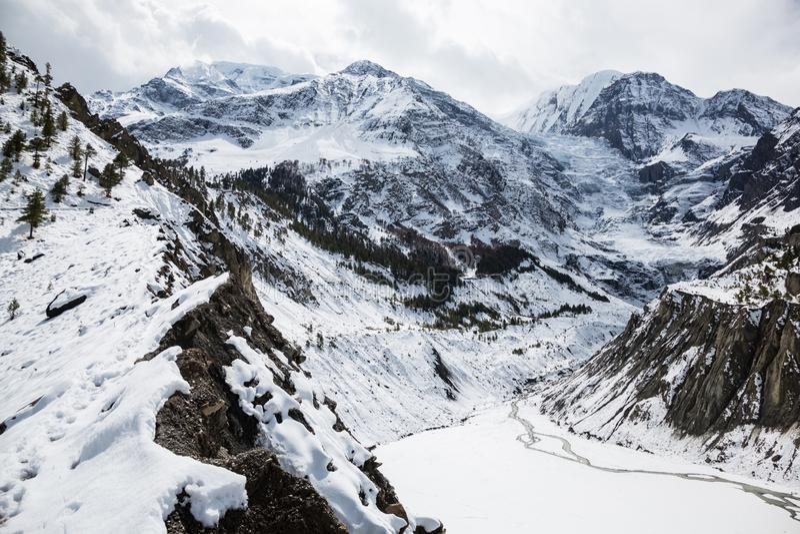 Szenische Ansicht von Gangapurna-Gletscher Annapurna Stromkreis-Wanderung nepal Himalaja und Seen stockbild