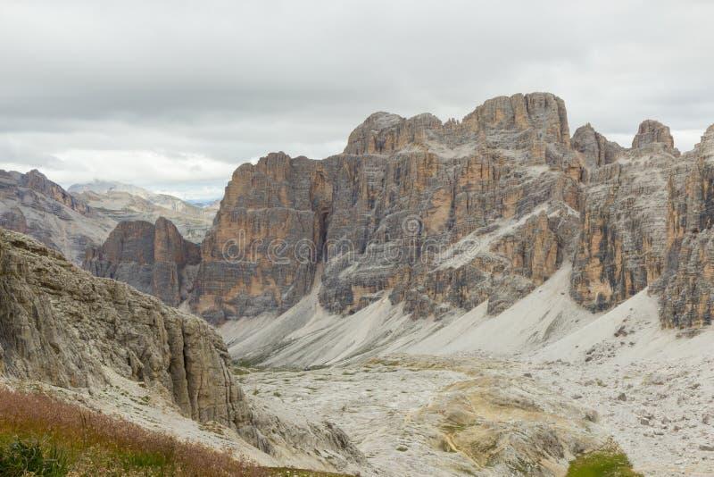 Szenische Ansicht von Passo Falzarego, Dolomit, Italien lizenzfreie stockbilder