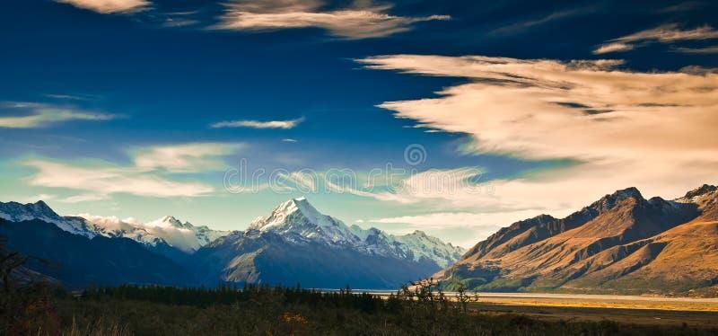 Szenische Berglandschaft Neuseelands stockbild
