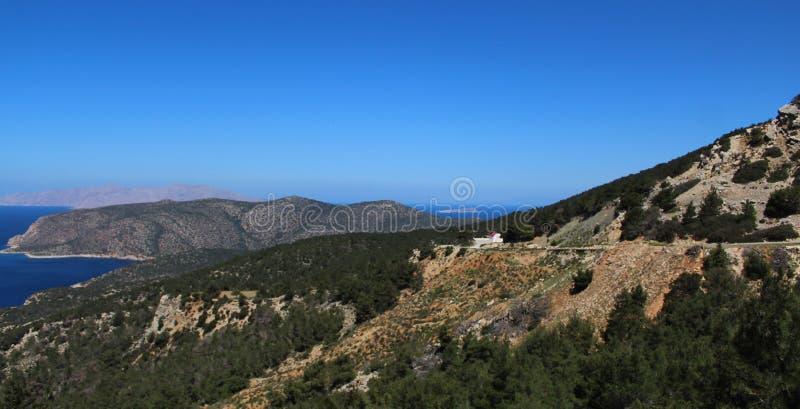 Szenische Landschaft des wilden Teils von Rhodes Island, Griechenland stockfotos