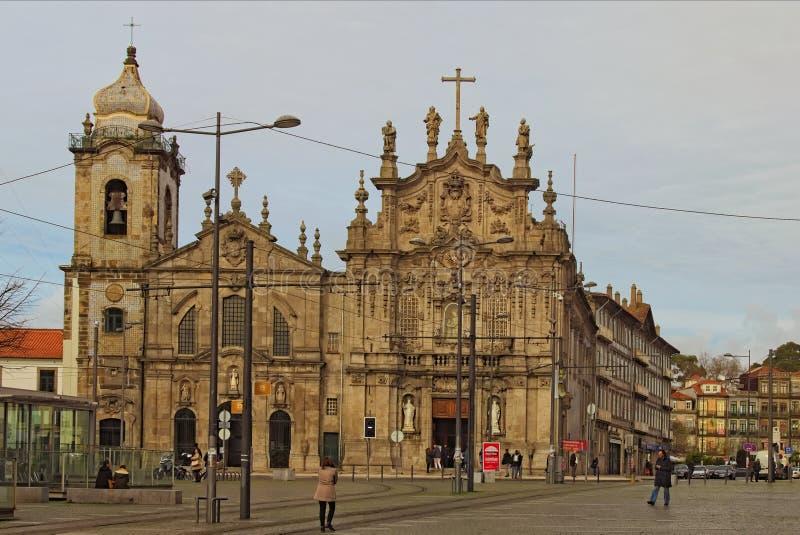 Szenische Landschaftsansicht der mittelalterlichen Kirche tun Carmo in Vitoria-Gemeinde Porto, Rua tun Carmo stockbilder