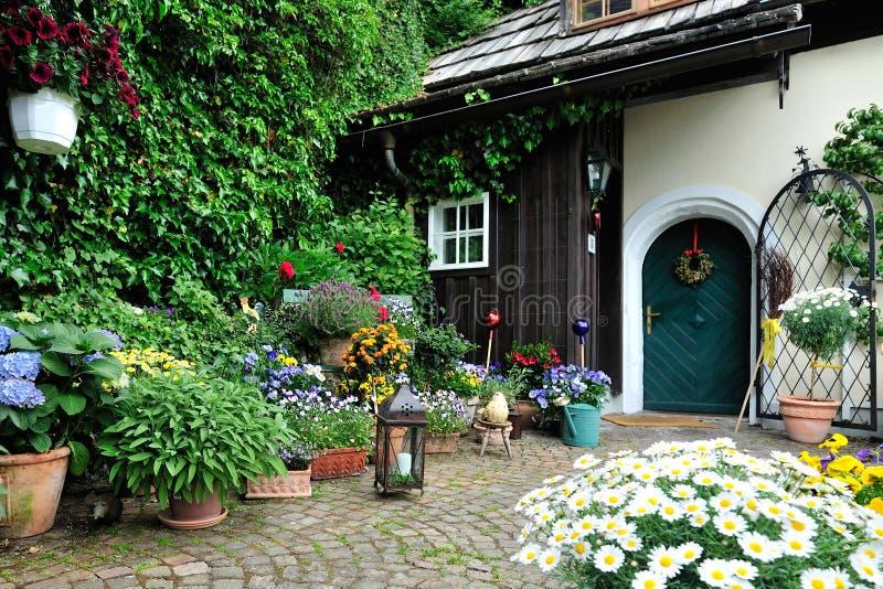 Szenischer kleiner Garten lizenzfreie stockfotos