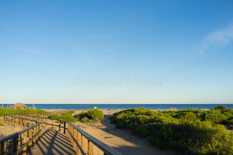 Download Szenischer Strand stockbild. Bild von niemand, mittelmeer - 27732681