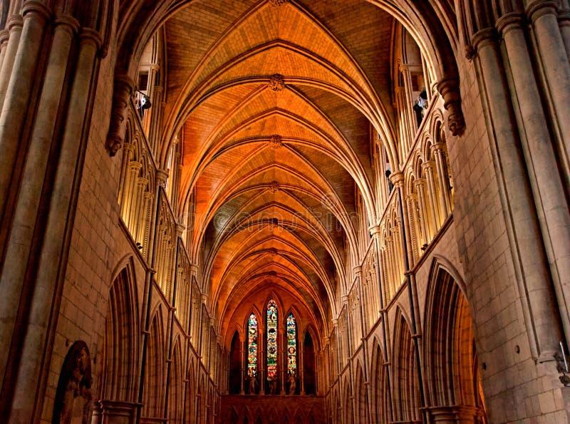 Szeroki kąta widok Southwark katedra, Londyn, Anglia zdjęcia royalty free