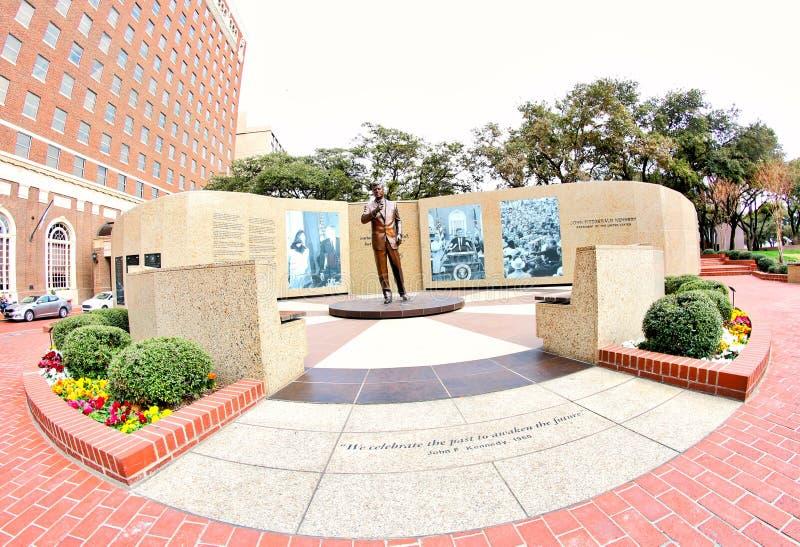 Szeroki kąta widok John Fitzgerald Kennedy pomnika ogród zdjęcia stock
