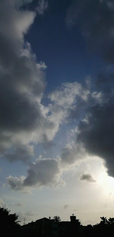 Szeroki krajobraz chmury i niebo zdjęcia stock