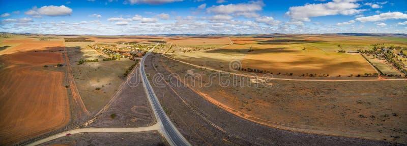 Szerokie równiny grunt rolny w Południowym Australia zdjęcie royalty free