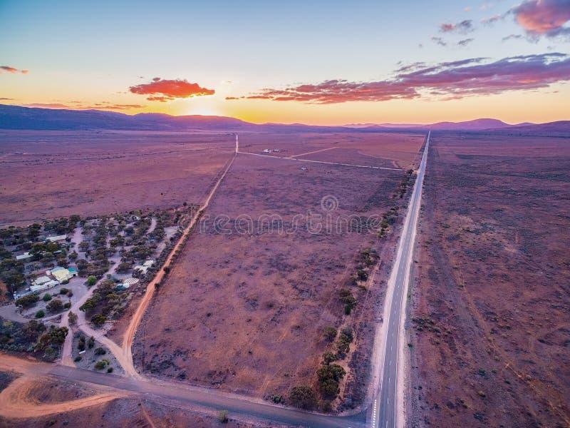 Szerokie równiny jałowa ziemia w Południowym Australia fotografia royalty free
