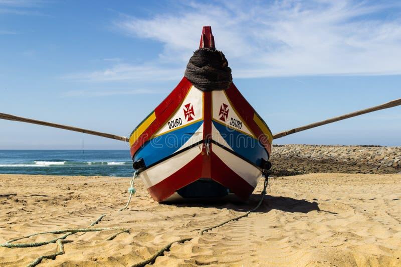 Szeroko otwarty skrzydła łódź rybacka fotografia stock