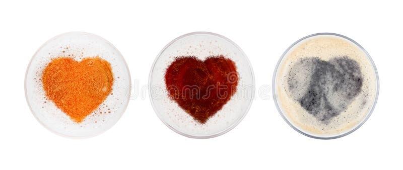 Szkła czerwony ale porter i lager piwa wierzchołka serce fotografia stock