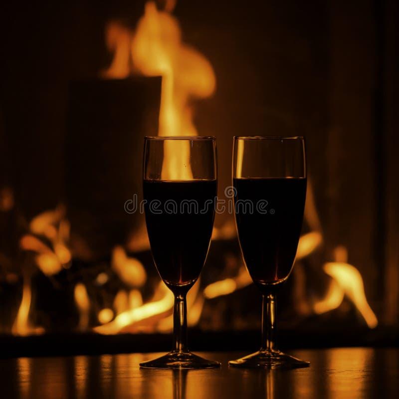 Szkła czerwony szampan grabą fotografia stock