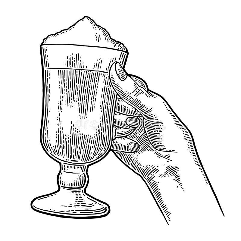 Szkło Latte macchiato kawa z batożącą śmietanką ilustracji