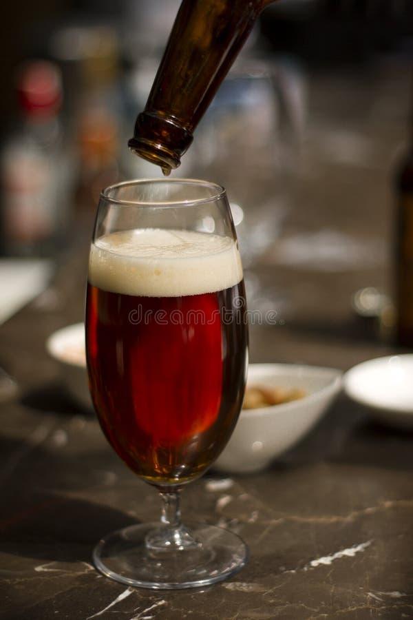 Szkło piwo - Akcyjny wizerunek obrazy stock