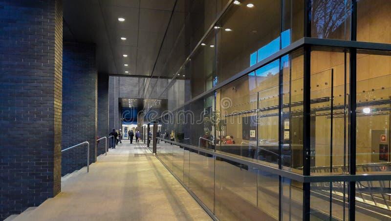 Szkło, stal i kamień, obrazy royalty free