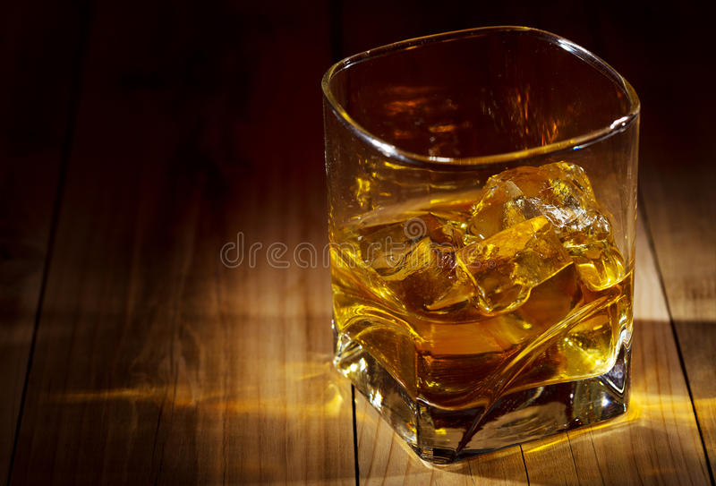 Szkło whisky obrazy royalty free