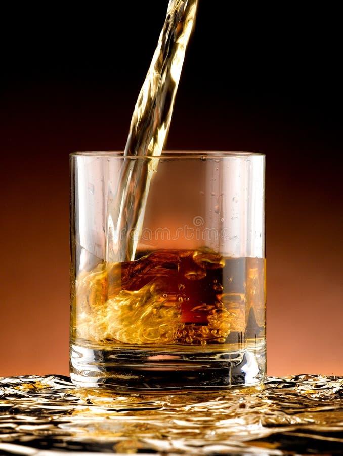 Szkło whisky obrazy stock