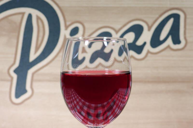 szkło wina pomysł pizzy fotografia stock