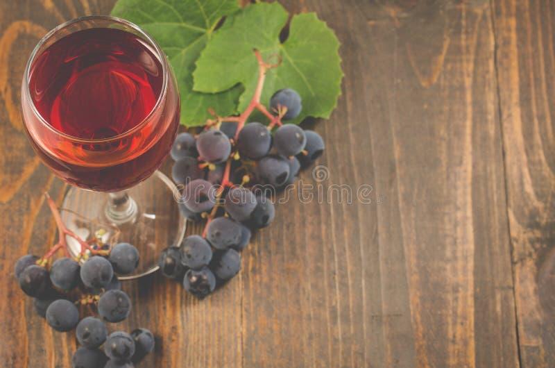 Szkło wino i szkło czerwone wino/i zdjęcia stock