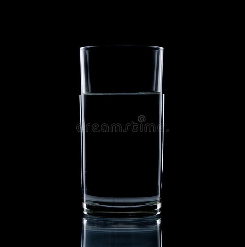 Szkło wody jasny odizolowywa obrazy stock