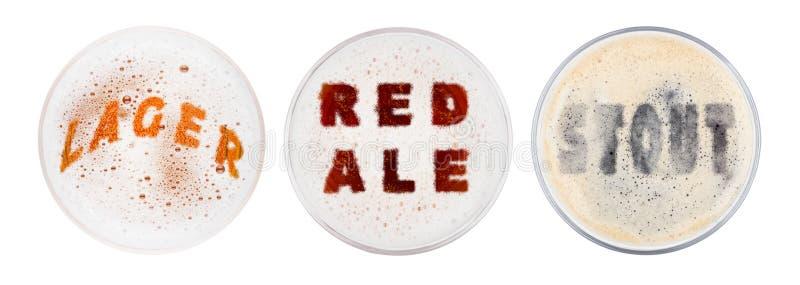 Szk?a czerwoni ale lager i portera piwa listy fotografia stock