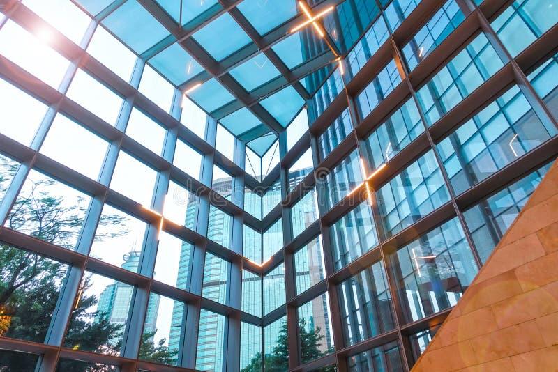 Szklana dachowa struktura nowożytny budynek obrazy royalty free