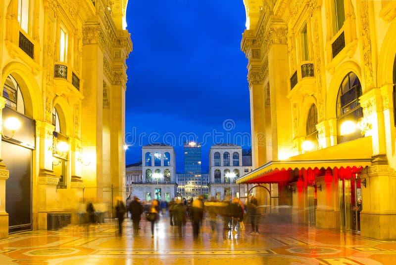 Szklana kopuła Galleria Vittorio Emanuele w Mediolan, Włochy fotografia royalty free