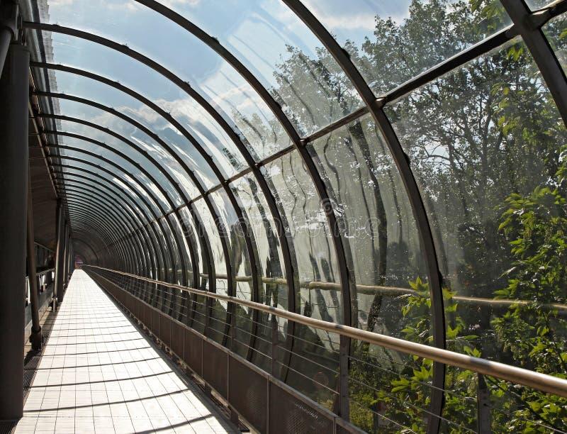 Szklana tunel prawica zdjęcia stock