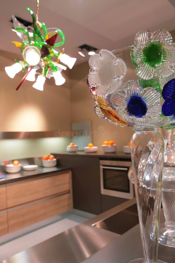 szklanej wazon kwiaty fotografia royalty free