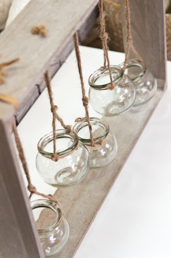 Szklani słoje stwarzają ognisko domowe dekorację fotografia royalty free