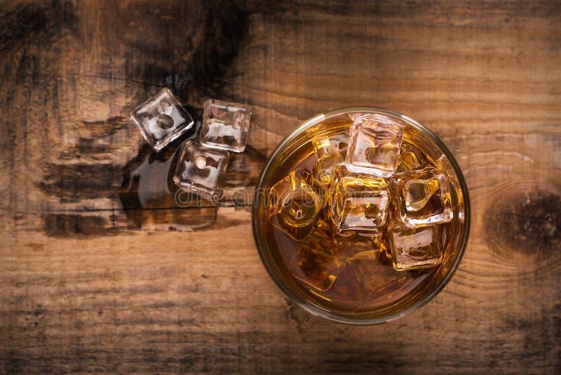 szklankę whisky obrazy stock