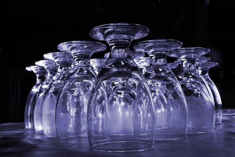 szklankę wody colorized obraz royalty free