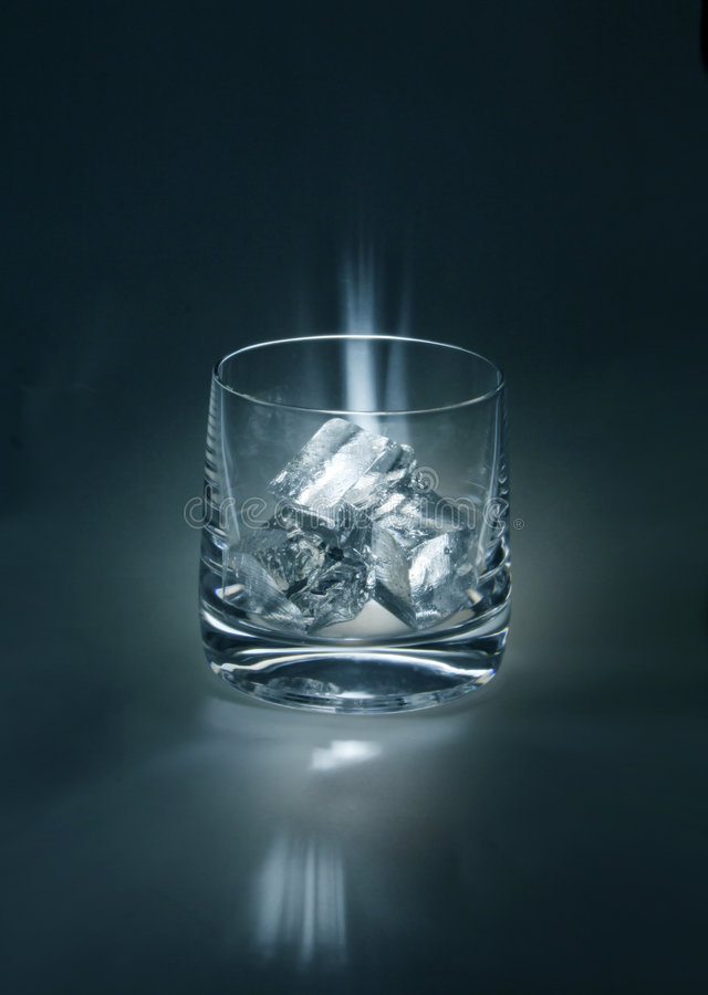szklanka lodu zdjęcia stock
