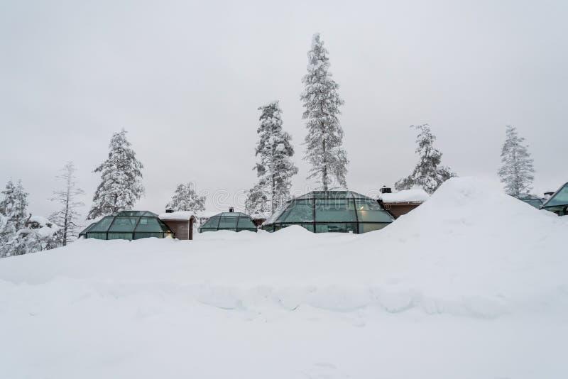 Szklany igloo w Lapland blisko Sirkka, Finlandia zdjęcia stock