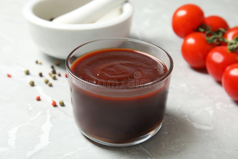 Szklany puchar gorący grilla kumberland zdjęcie royalty free