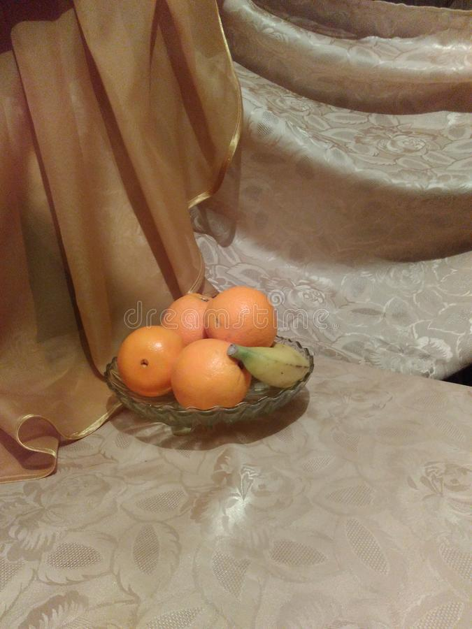 Szklany puchar z owoc obrazy stock