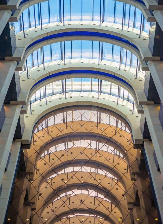 Szklany sufit nowożytny budynek zdjęcie royalty free