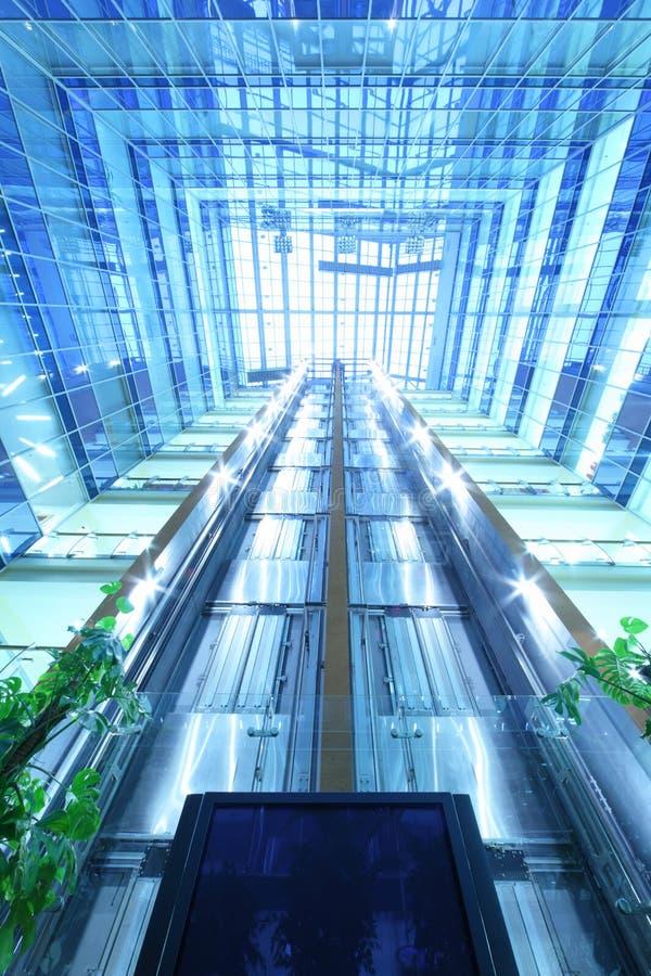 Download Szklany Sufit W Drapacz Chmur Północy Wierza Zdjęcie Stock Editorial - Obraz złożonej z korporacyjny, konstrukcja: 28969078