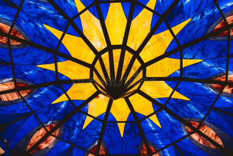Szklany tło z kolorami i geometrycznymi kształtami zdjęcie stock