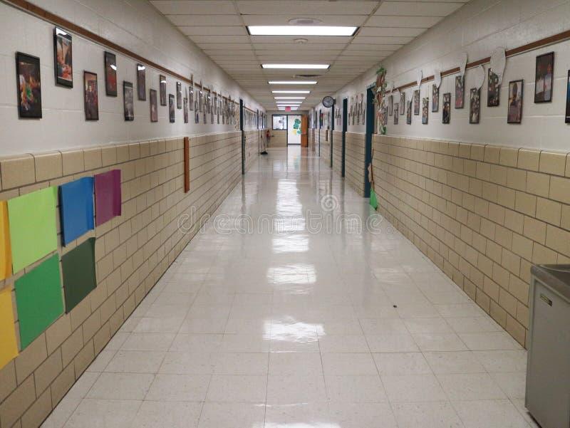 Szkoła Podstawowa korytarz fotografia stock
