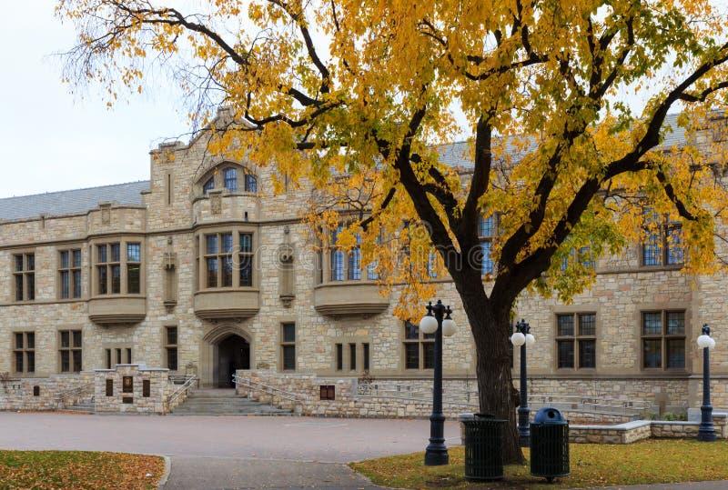 Szkoła wyższa budynek w uniwersytecie Saskatchewan obraz royalty free