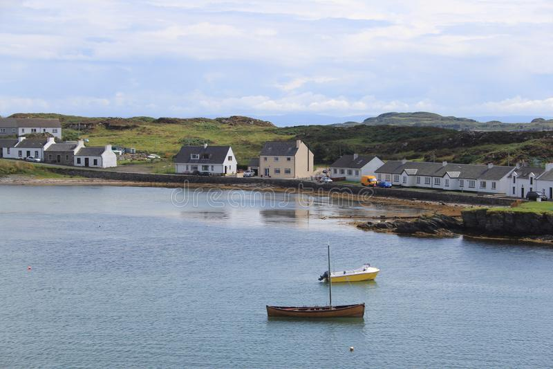Szkocki miasteczko Portowy Ellen na wyspie Islay obrazy stock